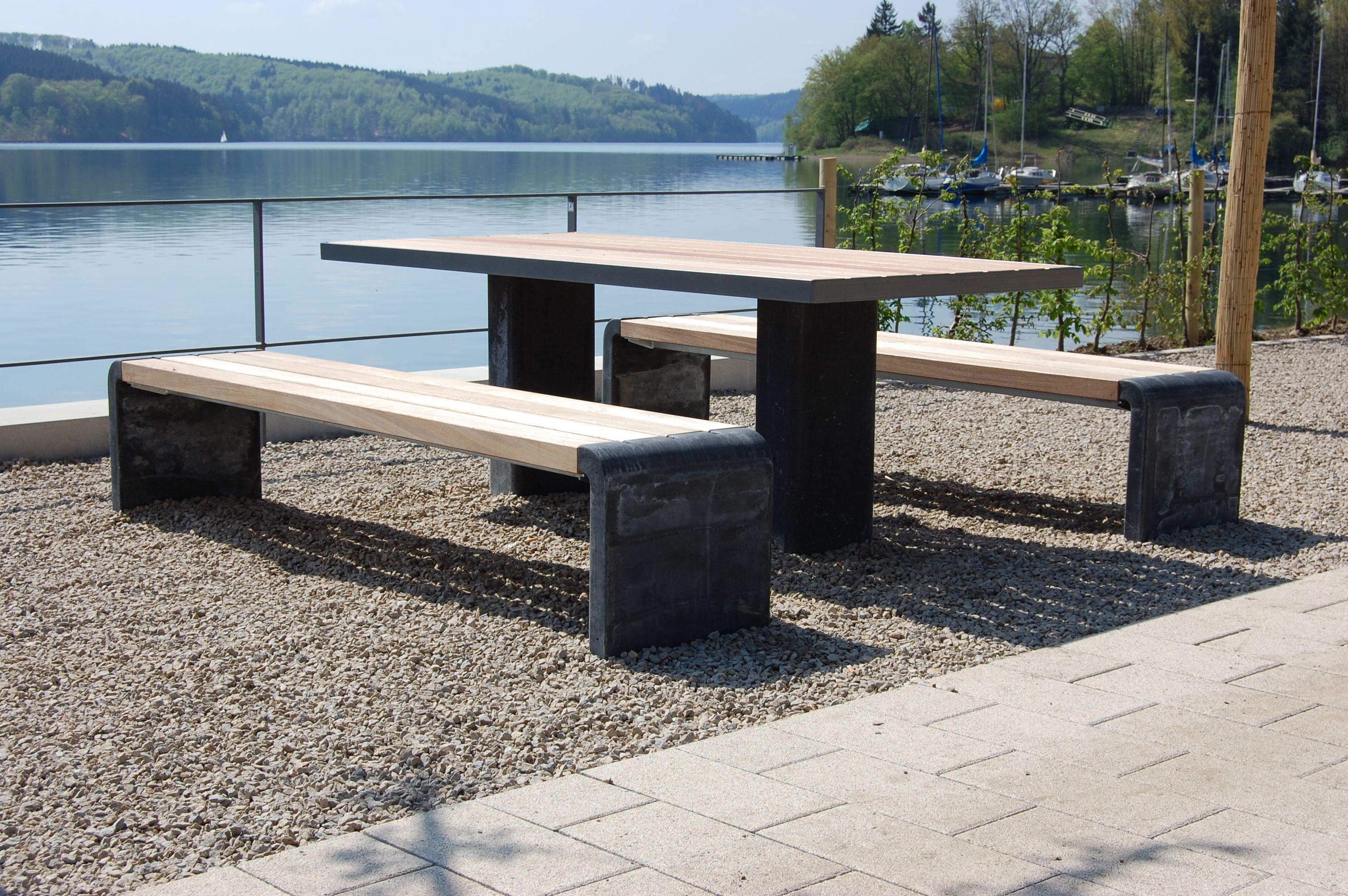 Parkbank und Tisch Arcada